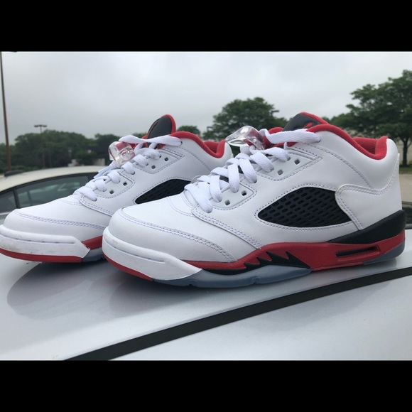 wholesale dealer 6b737 1bd31 Jordan 5 Low Fire Red